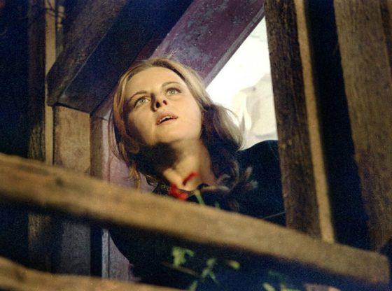 """В кадър от филма """"Герловска история"""" (1970) на режисьора Гриша Островски"""