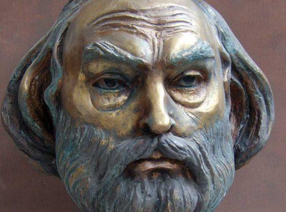Портрет на Иван Спасов, бронз, 2006 г., автор Спас Киричев