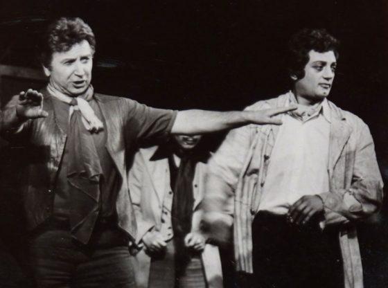 """Видин Даскалов (вляво) и Арон Аронов в """"Теменужката от Монмартър"""""""