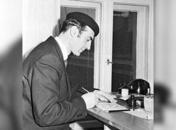 """Карандаш рисува в редакцията на вестник """"Стършел"""", 1971 г."""