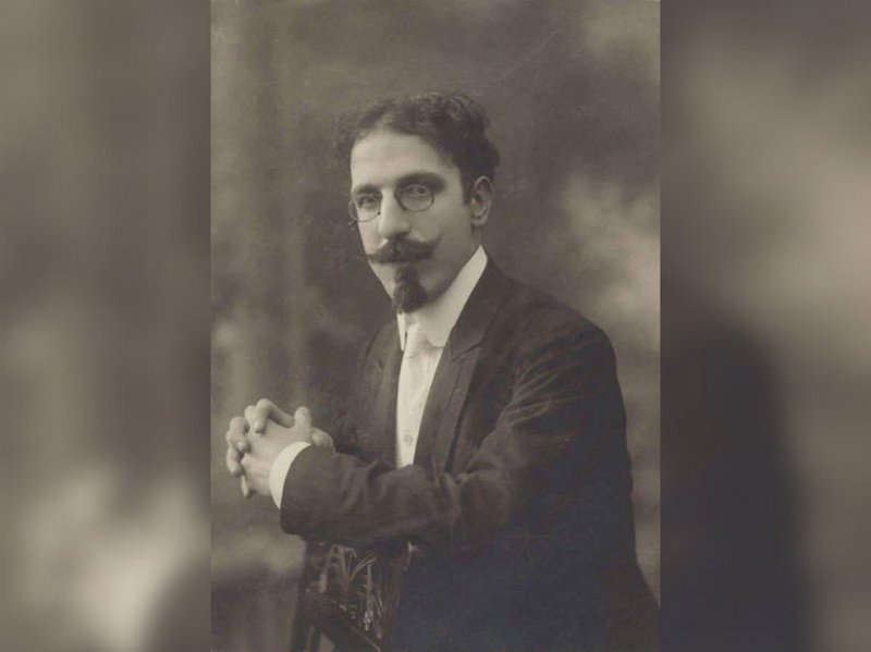 Кирил Христов - модерен поет и интуитивен белетрист