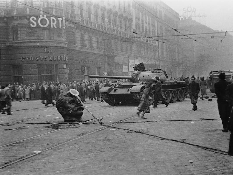 Унгарската (контра)революция от 1956